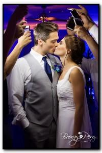 cellphone wedding pic